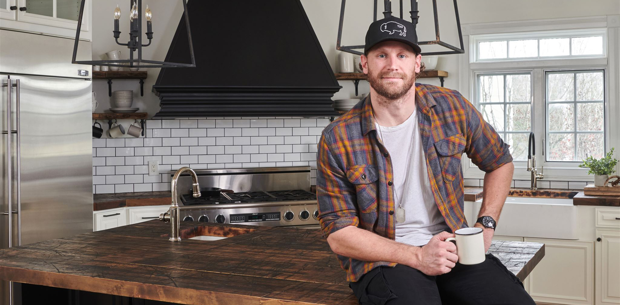 Chase Rice uses Olde Wood Limited products